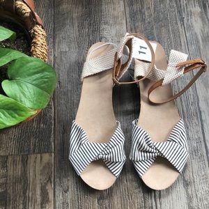 Striped Heel